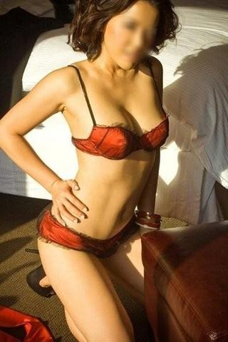 Jennifer Lee - Los Angeles Escort